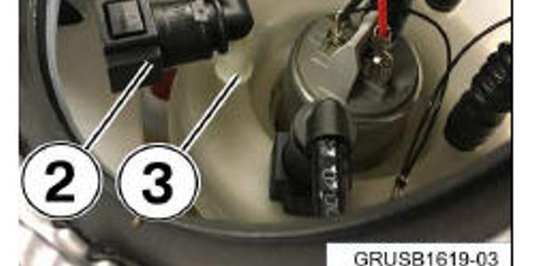 1) Suction jet supply line. 2) Quick disconnect elbow. 3) Fuel pump.
