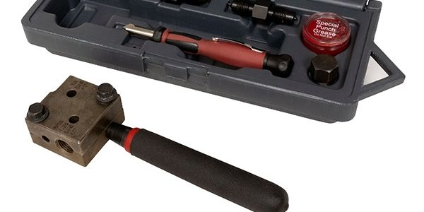 Lisle new brake flaring tool kit (no. 33260) comes with an internal deburring tool to help make...