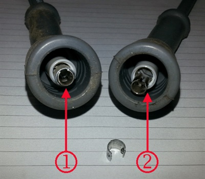 Example of a good wire (left) and a bad wire where the C-clip has come off or is missing.