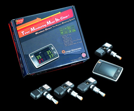 The Orange Electronics TPMS retro fit kit is yet another universal retrofit TPMS kit that features an easy-to-read dash-mount display, 12V power adapter and four adjustable sensors. Specified pressures are displayed in green, while under-pressure is in red. The user may set the low and high warning pressure limits.
