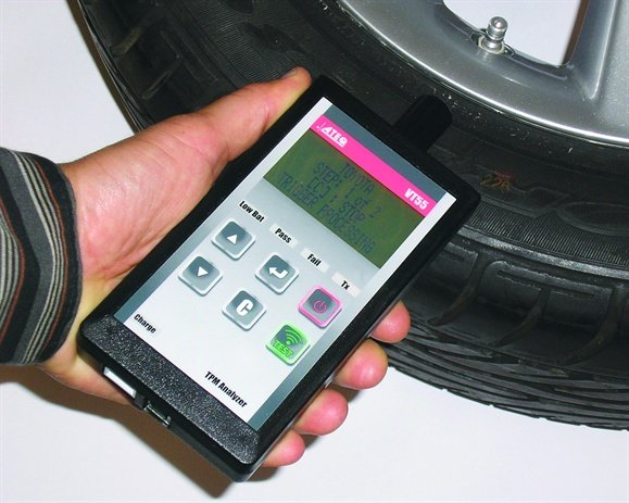 The ATEQ VT55 TPMS service tool allows you to select vehicle make, prompting the tool to search all frequencies available within that make of vehicle.