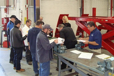 """The Automotive Lift Institute's (ALI) """"Five Days to Victory"""" training, testing and inspecting event helps ALI Lift Inspector Certification Program participants quickly move through the certification process. It will be held Nov. 1-5 in Las Vegas."""