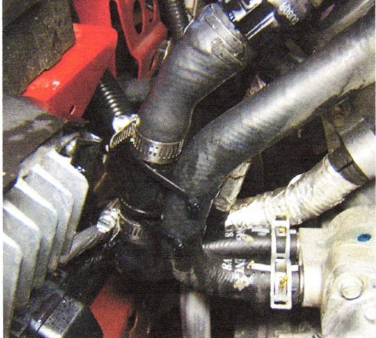 Join the inlet and outlet hoses together using a pair of tie straps.