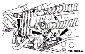Disconnect the fuel pump, fuel warmer and water-in-fuel electrical connectors from the HFCM.