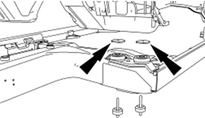 Place the specified flat washers between the body and mount at each of the four B body mount locations (2 per side).