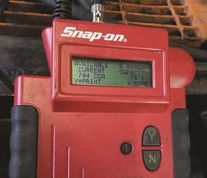 Figure 2: If the cables remain attached to the battery, variables such as extra resistance of cables, starter, etc., contribute to inaccurate readings. By testing this 950 CCA-rated battery this way it showed that the rated capacity was only 744 CCAand only 78% of the rated capacity of a fully charged battery. The next screen shot showed that the battery was bad and needed a recharge and retest or a battery replacement.