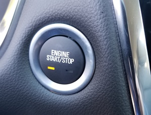 Figure 5: Momentarily pressing the ignition mode switch button once will enter the accessory mode and the amber light will illuminate.