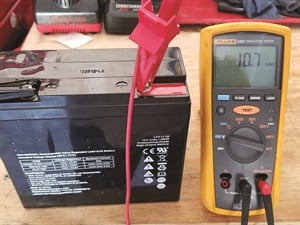 Figure 3: Checking battery SOH with a DVOM.