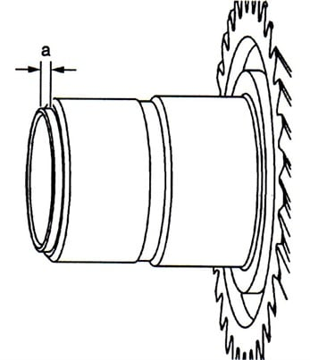 The replacement seal must be installed exactly at a depth of 2.8mm from the end of the input shaft.