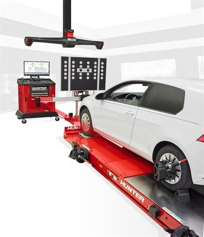 Hunter says the time to position an aftermarket ADAS fixture is reduced by 50% or more by integrating the HawkEye Elite aligner with the Autel MaxiSys ADAS Aftermarket Calibration kit.