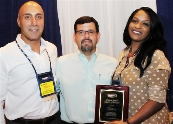 Mike Mohler (center), vice president and product manager of Pronto, presented the organization's Private Brand Supplier of the Year award to IDUSA at Pronto's recent Shareholder's Conference. Anan Bishara (left), CEO, and Denise Burrell, senior account manager, accepted the award on behalf of IDUSA.