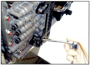 After replacing the sensor, tighten the retaining bolt to 7.2 – 8.7 ft.-lbs.