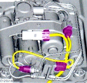 Connect the AMK harness connectors in the same manner as the Hitachi connectors.