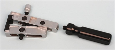 The grip handle is easily removed where clamp access is tight.