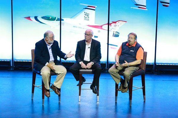 The Group's executives lead a discussion at the joint vendor expo (from left): Bill Maggs, CEO, National Pronto Association; Larry Pavey, CEO, Automotive Parts Services Group (The Group); and Rusty Bishop, CEO, Federated Auto Parts.
