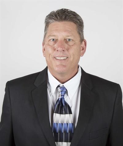Doug Hofer is the new western regional sales manager for JS Products' Backshop Solutions team.