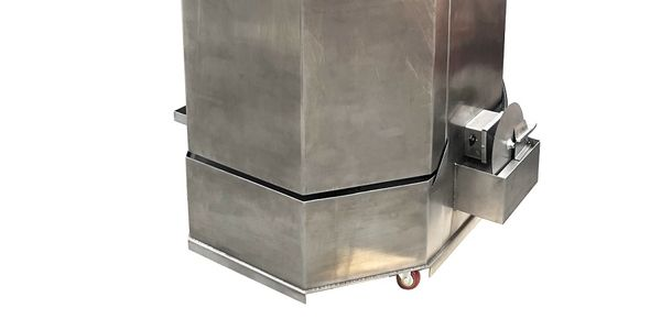 The new Ranger RS-500DS stainless-steel spray wash cabinet is designed to resist rust while...