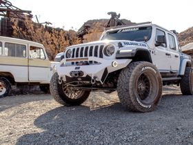 Sentury Unveils Execu-Con Custom Jeep Build