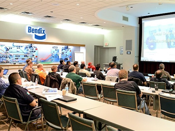 Bendix Commercial Vehicle Systems and Bendix Spicer Foundation Brake have added an Advanced Technology Training course for 2019.
