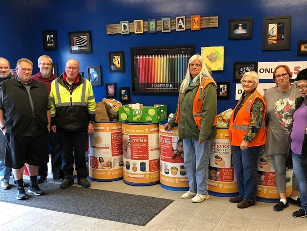 Durham School Services' location in Overland Park, Kan., teamed up with Harvesters, a nonprofit community food network, to host their annual Thanksgiving food drive.