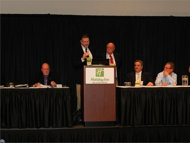 The NCST's writing committees are seeking subject matter experts and public comment as they prepare for the 2020 Congress.Murrell Martin (shown left) and Bill Loshbough are shown here leading a discussion at NCST 2015.