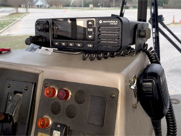 The XPR 5000 mobile radio from Motorola Solutions features a full-color display, integrated GPS, and embedded Bluetooth audio.