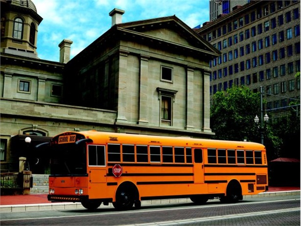 Thomas Built dealer Midwest Bus Sales' locations in Oklahoma and Illinois achieved Platinum Support certification. Seen here is Thomas Built's Saf-T-Liner HDX school bus.