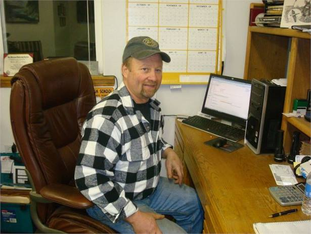Larry Revier, who has owned his operation for 16 years, brings to the job his experience as a heavy-duty truck and heavy drill equipment mechanic.