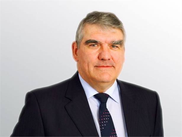 Sir Moir Lockhead will retire from FirstGroup plc on March 31, 2011, after 21 years as chief executive.