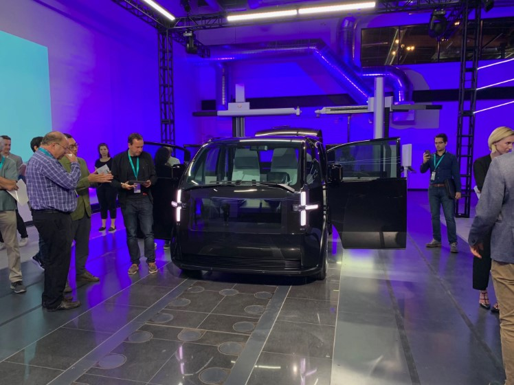 Canoo Unveils Subscription-Only Electric Vehicle