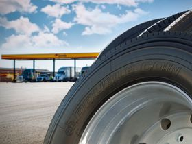 Love's Truck Care, Speedco to Carry Double Coin Truck Tires