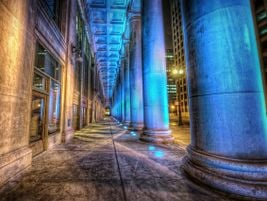 Columns in an interesting light. Photo: Chicago Union Station - Shutter Runner - 2012 - Flickr