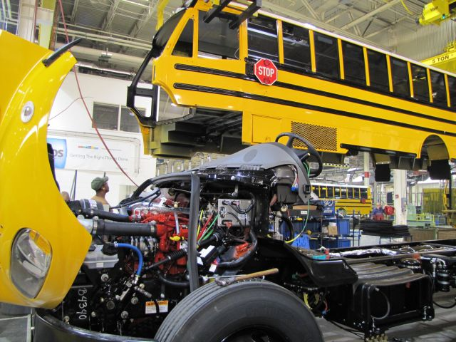 Dallas buys over 100 new buses, adds belts