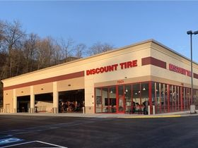 Discount Tire Opens in Pittsburgh