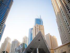 Dubai tram arriving at JBR 1 station close to the Dubai Marina. Photo: Alstom Transport/L.Tissot
