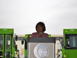 Congresswoman Maxine Waters addresses the crowd at GTrans' zero-emission bus celebration.