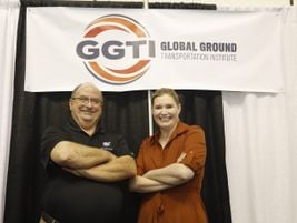 Bus Advisors' Tom Holden, who hosted BusCon's motorcoach sessions, with GGTI's Executive...