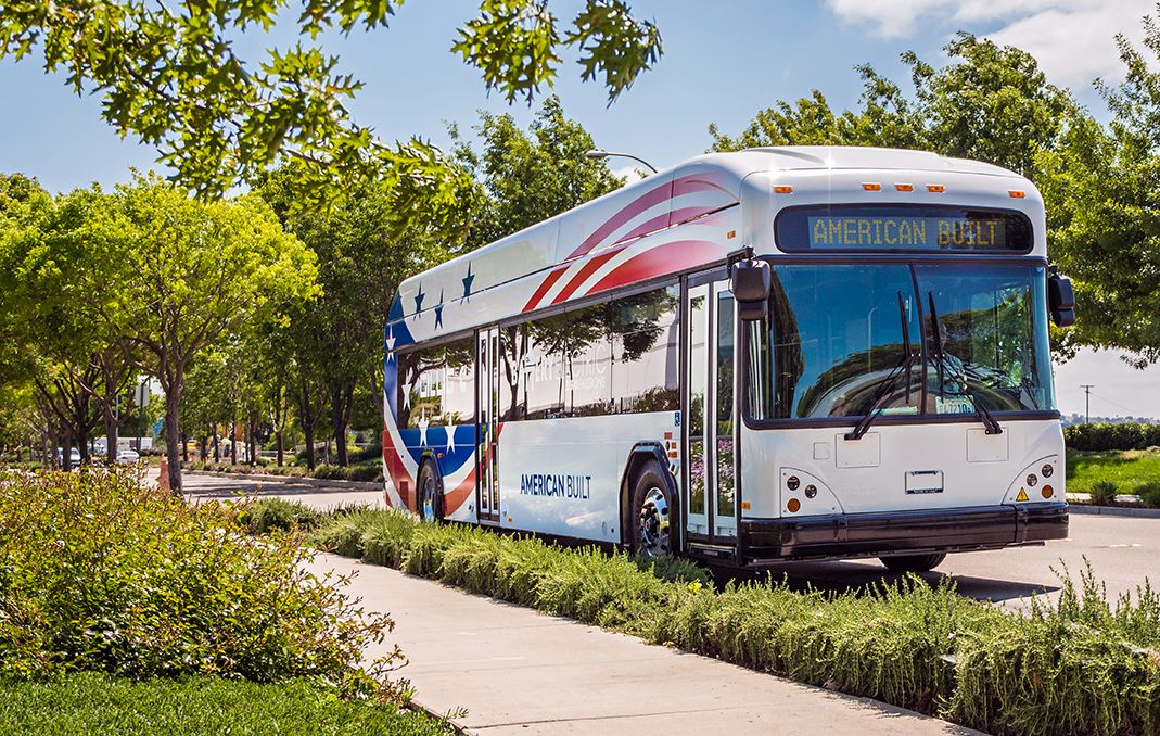 GILLIG, Cummins to display battery electric bus at APTA Mobility