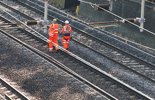 Keeping rail workers safe on the right-of-way