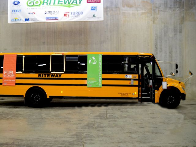 School Bus Operator Go Riteway Awarded for Clean Fuel Use