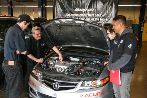 Mountain View Tire helps teach techs
