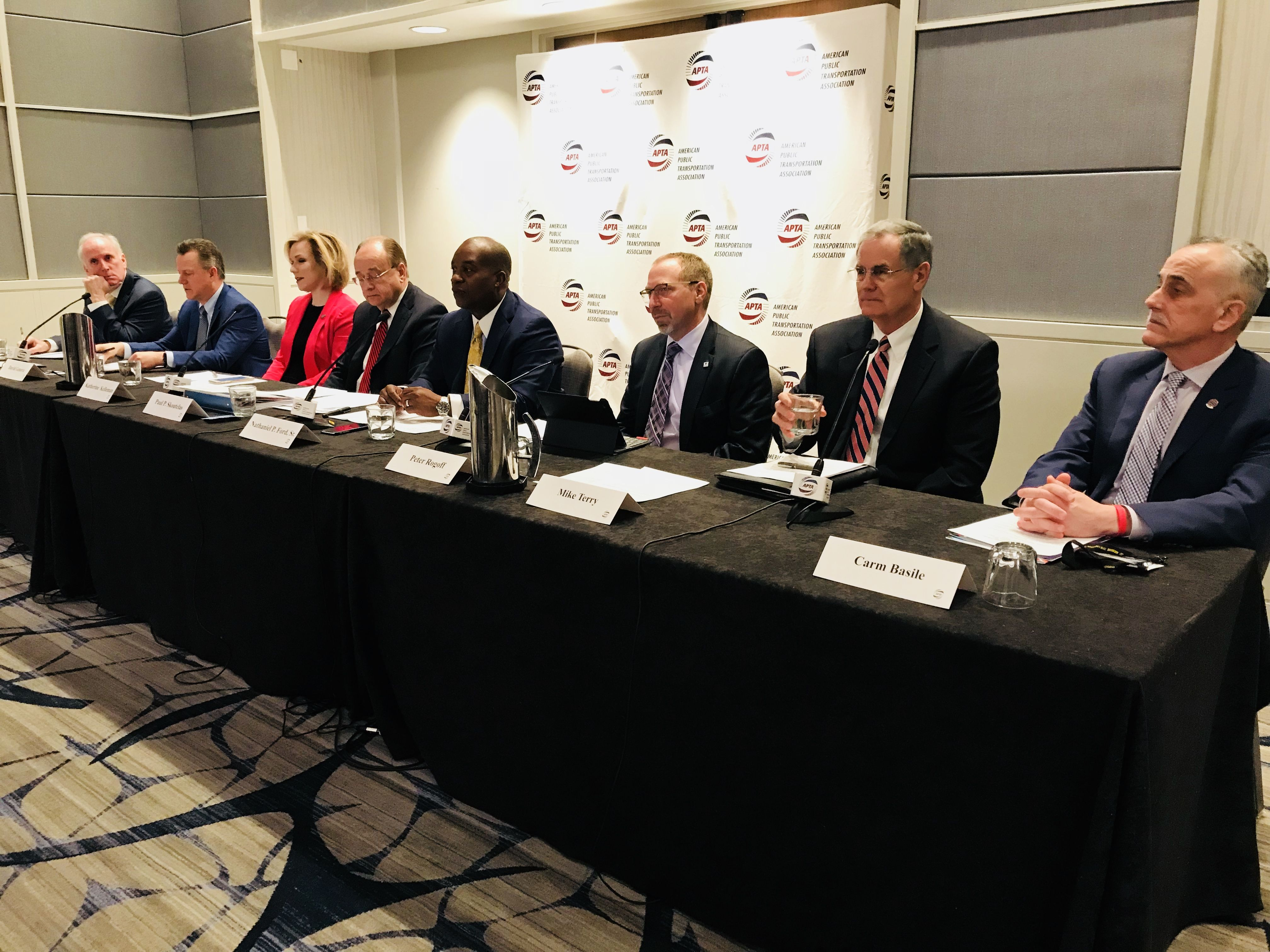 APTA, industry leaders oppose Administration's deep cuts to public transit