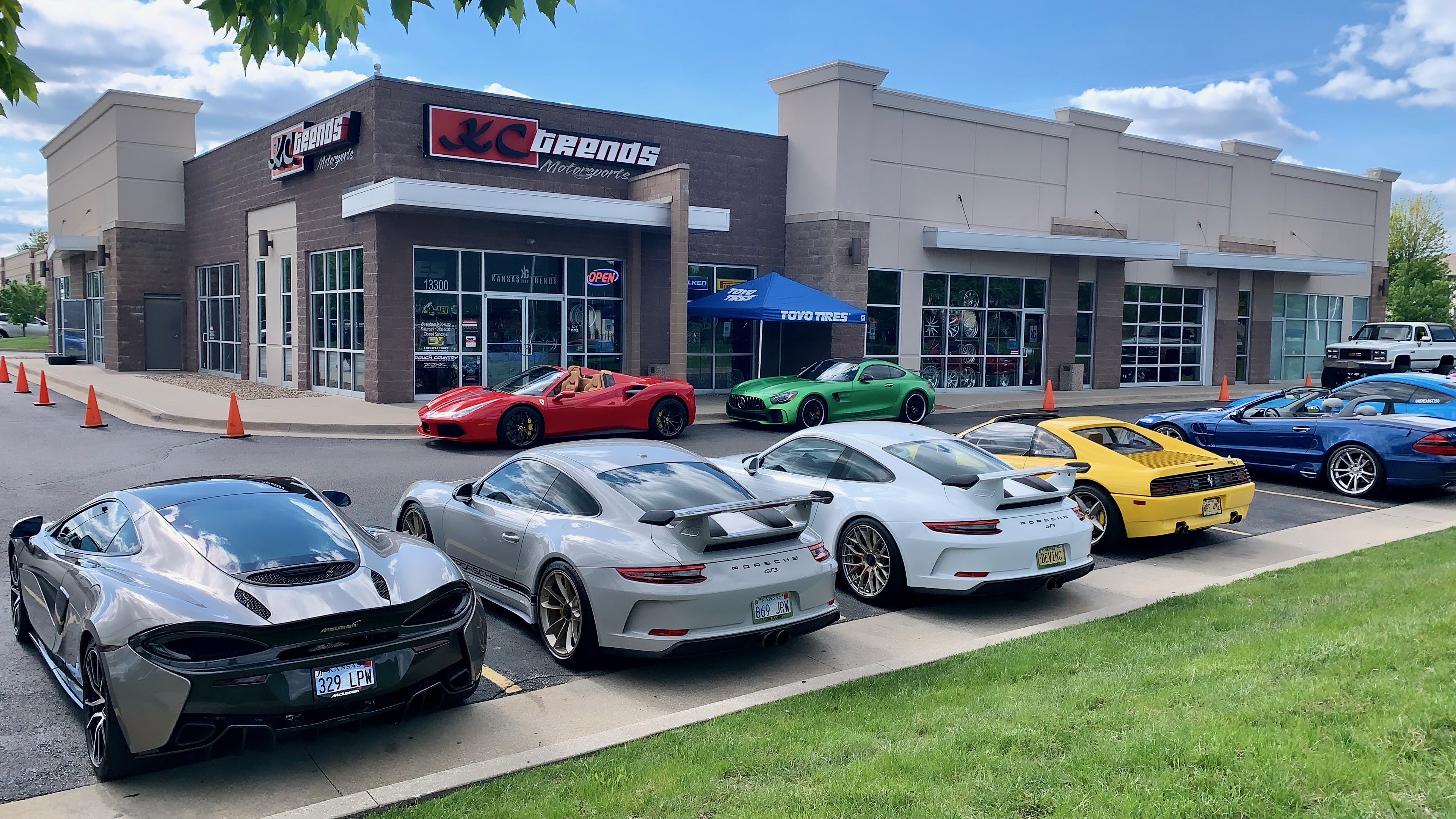 Up to Speed: How Dealers Are Selling to UHP Tire Buyers Who 'Shop Harder'