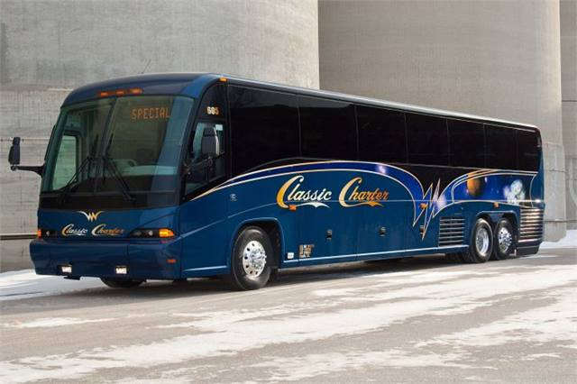 Mci delivers j4500 to california motorcoach metro magazine for Metro motors bakersfield ca