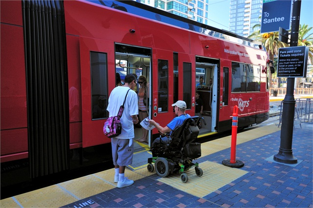 san diego mts stepping up wheelchair priority seating enforcement accessibility metro magazine. Black Bedroom Furniture Sets. Home Design Ideas