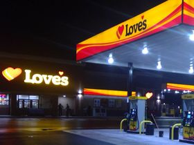 Love's Reopens Truck Tire Care in Tacoma