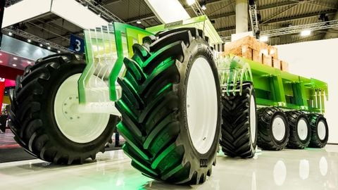 BKT displayed its latest-generation flotation tire, the V-Flexa, at Agritechnica.