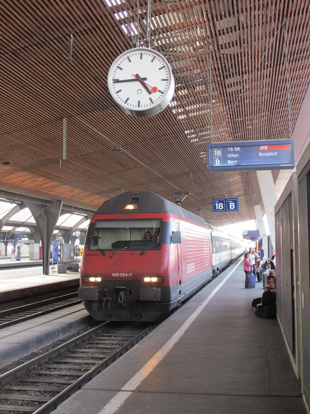Mich. clock co. unveils Swiss railway clocks at Expo