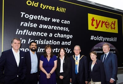 The campaign to ban aging tires in the UK has been passionately driven by the Tyred movement, which was formed by Frances Molloy (center), who formed the Tyred movement when her son Michael died in a coach crash in 2012 after a 19-year-old tire failed.