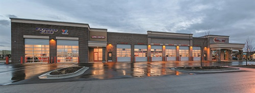 Commercial Tire says its newly built retail tire store in Eagle, Idaho, is the first in the Northwest to attach Valvoline Express Care bays to an independent full-service tire and automotive repair outlet.